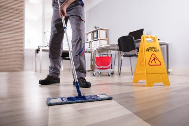 Réaliser un nettoyage de bureau efficace