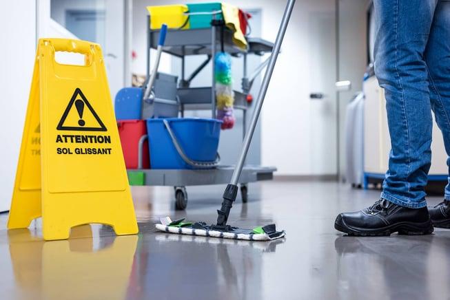 Le nettoyage manuel des sols